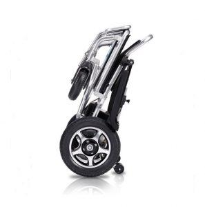 Silla de ruedas eléctrica plegada facil de transportar